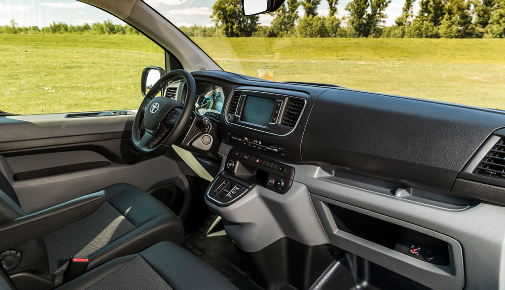 Toyota-Proace-Electric-2020-7