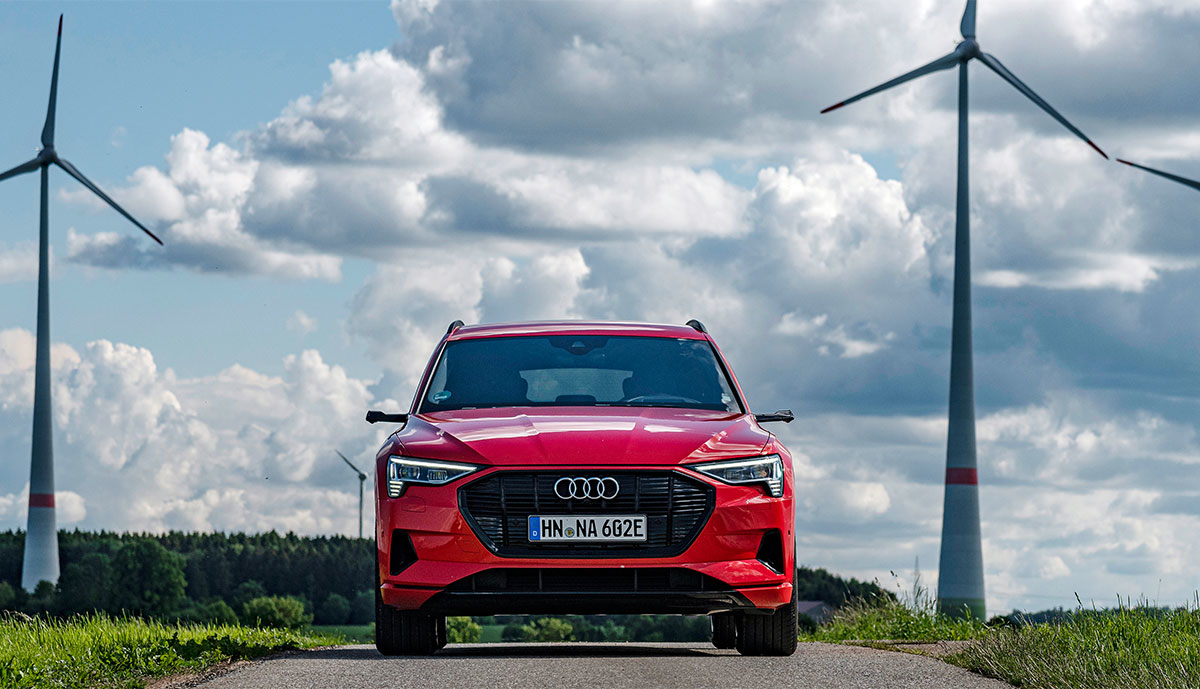 Audi-e-tron-rot