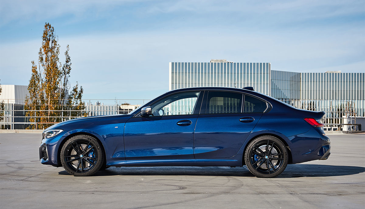 BMW-3er-blau-2019