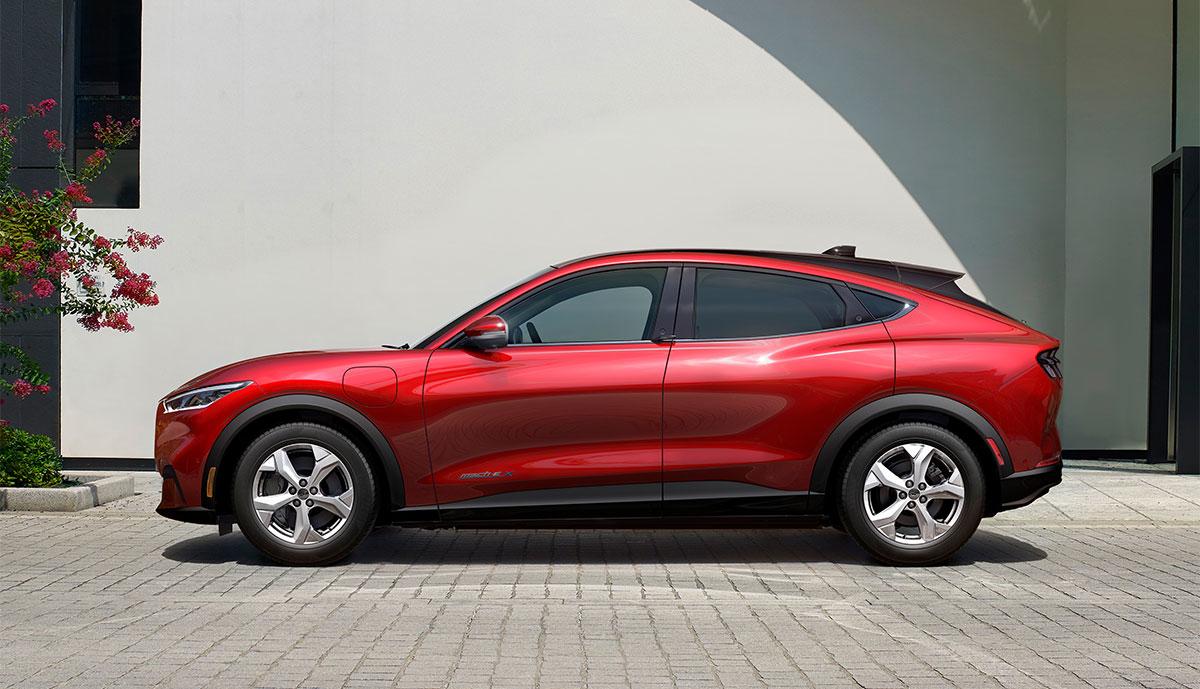 Ford-Mustang-Mach-e-Seite