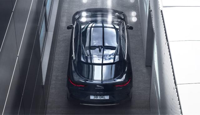 Jaguar-I-Pace-von-oben