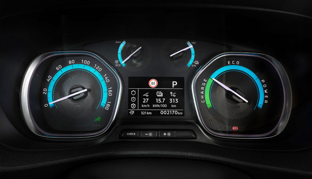 Opel-Vivaro-e-2020-8