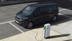 Peugeot-e-Traveller-2020-2