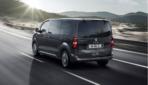 Peugeot-e-Traveller-2020-6
