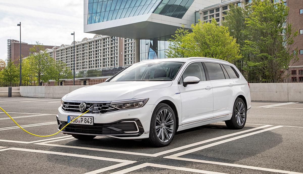 VW-Passat-GTE