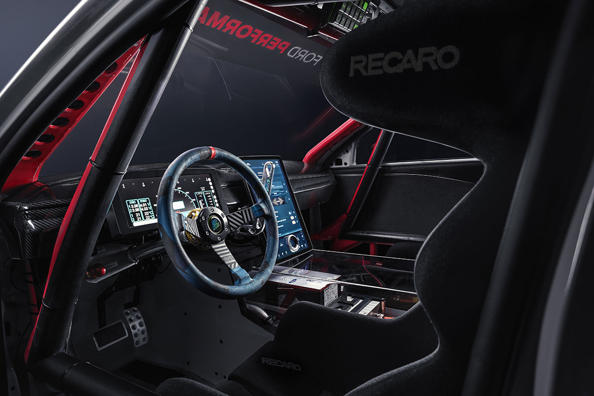 Ford-Mustang-Mach-E-1400-2020-9
