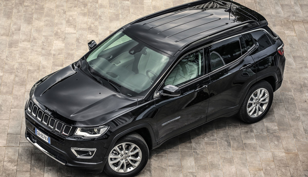 Jeep-Compass-4xe-6