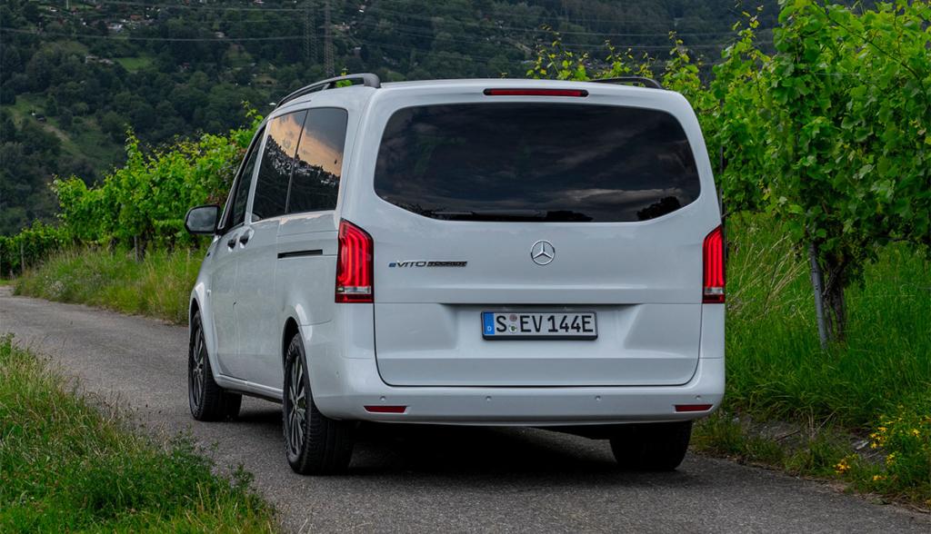 Mercedes-eVito-Tourer-2020-8