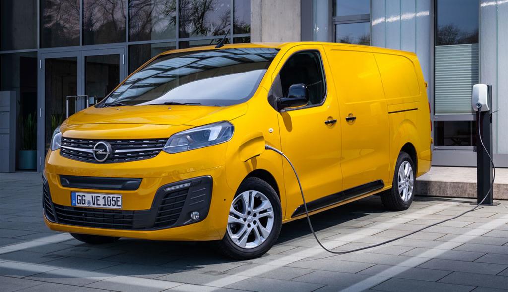 Opel-Vivaro-e-2002-3