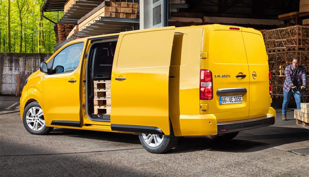 Opel-Vivaro-e-2002-8