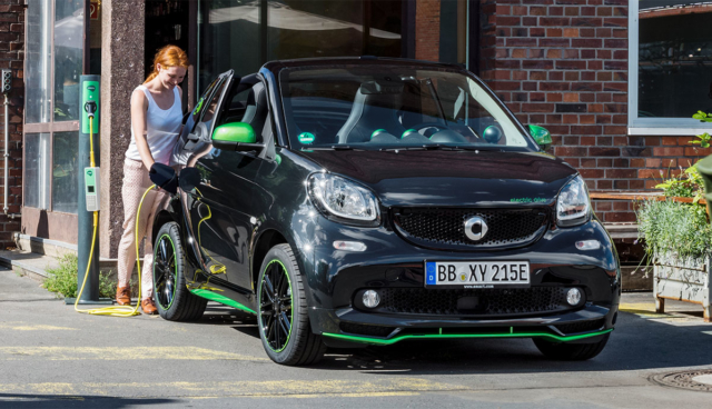 Smart-EQ-ForTwo-laedt-5