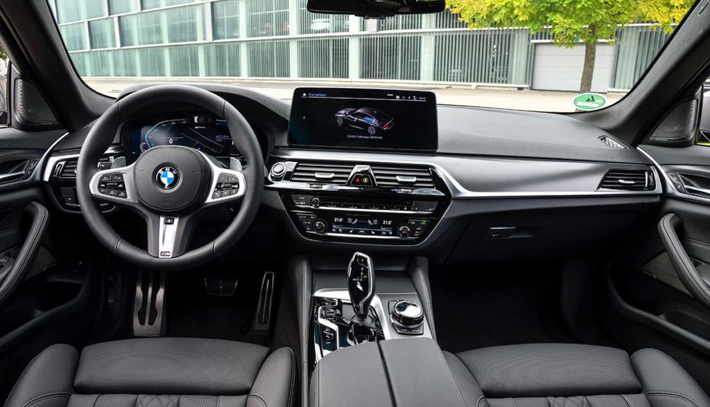 BMW-545e-xDrive-Limousine-2020-8