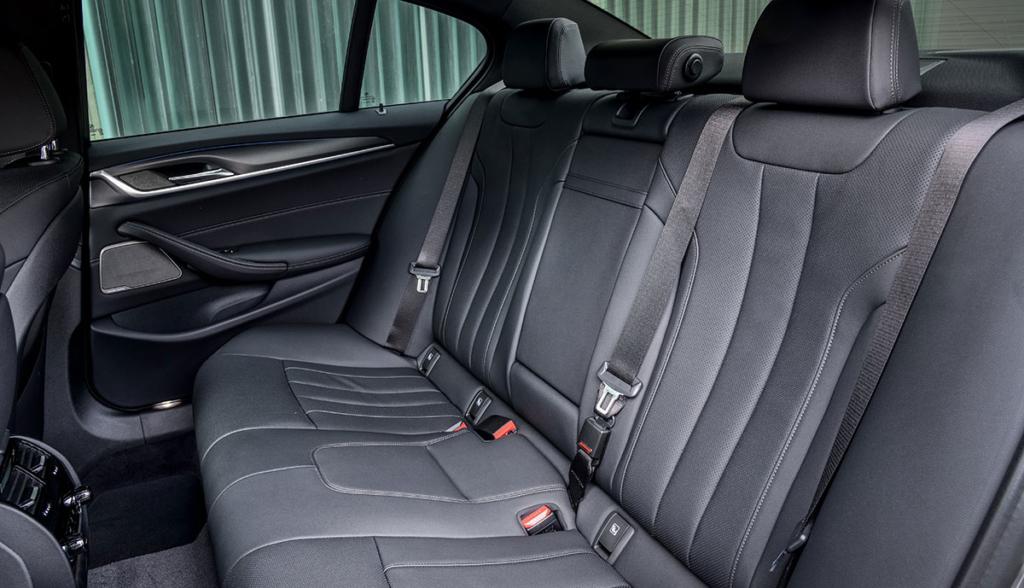 BMW-545e-xDrive-Limousine-2020-9