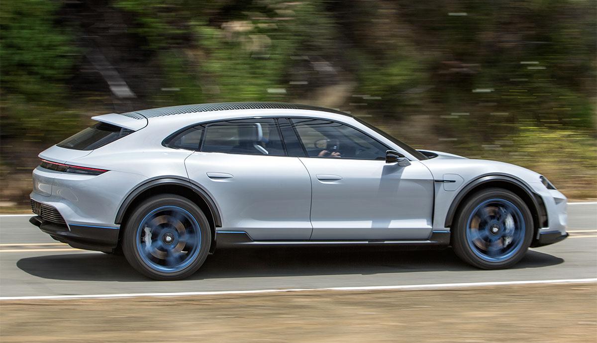Porsche-Mission-E-Cross-Turismo-1