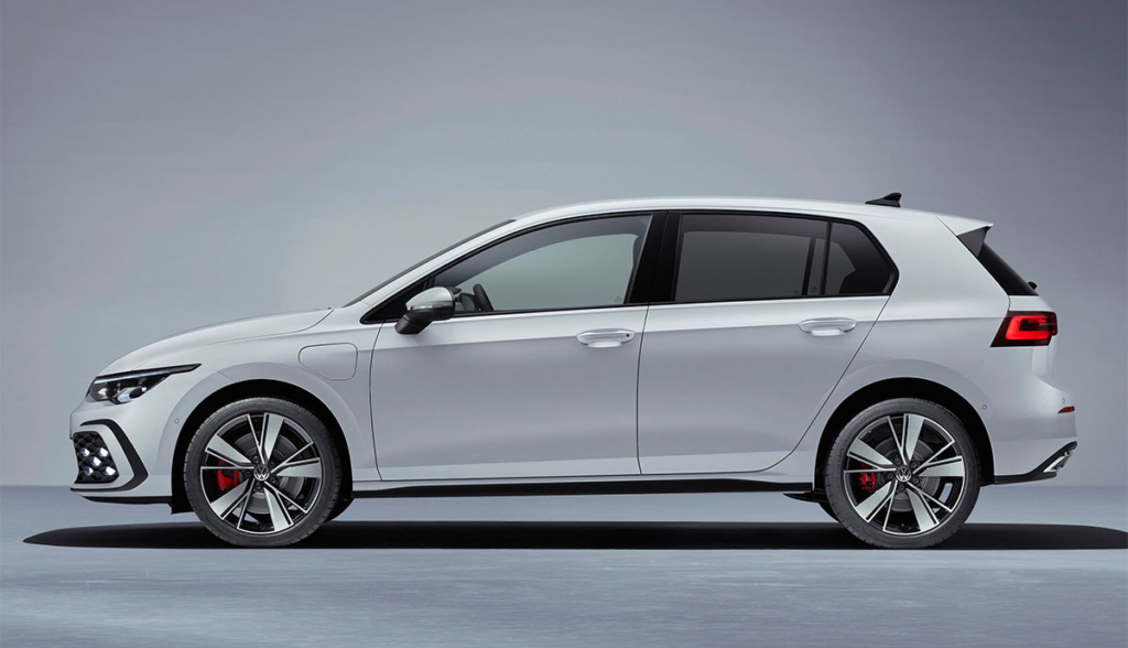VW-Golf-GTE-2020-4