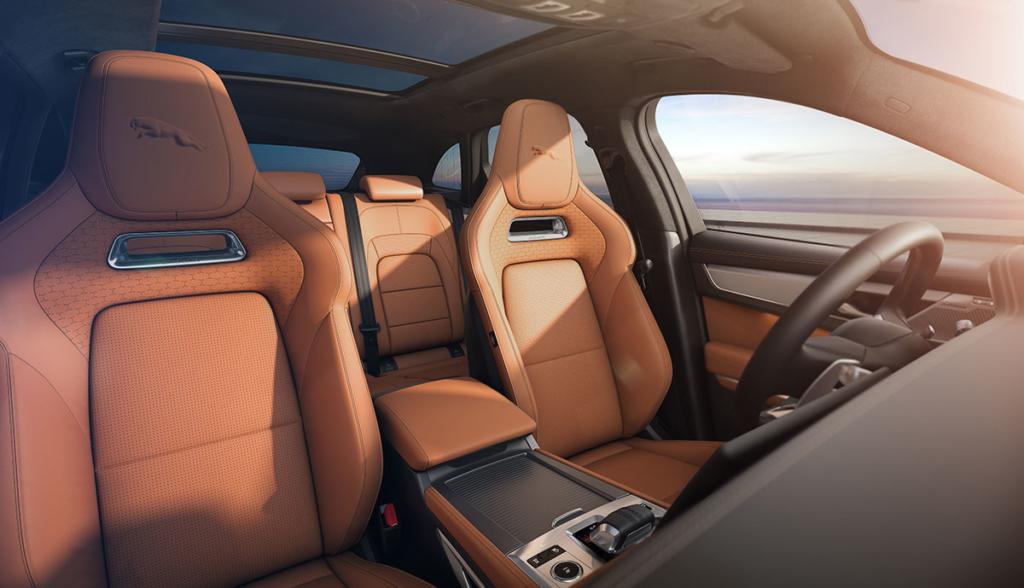 Jaguar F-Pace-2020-5