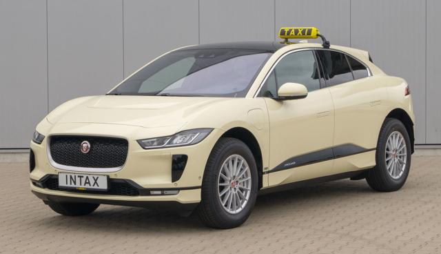 Jaguar-I-Pace-Taxi-2020