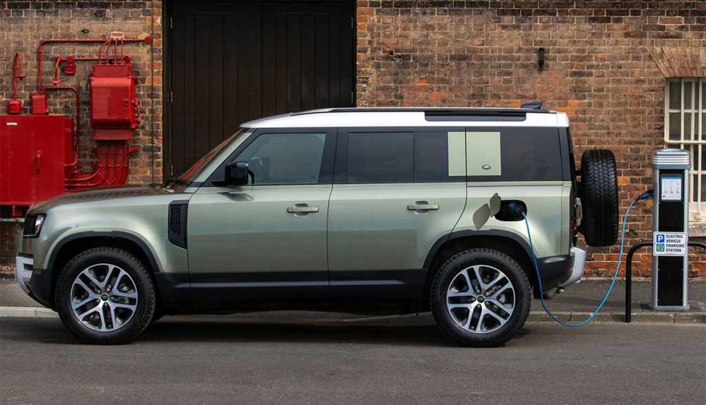 Land-Rover-Defender-P400e-2020-3-2