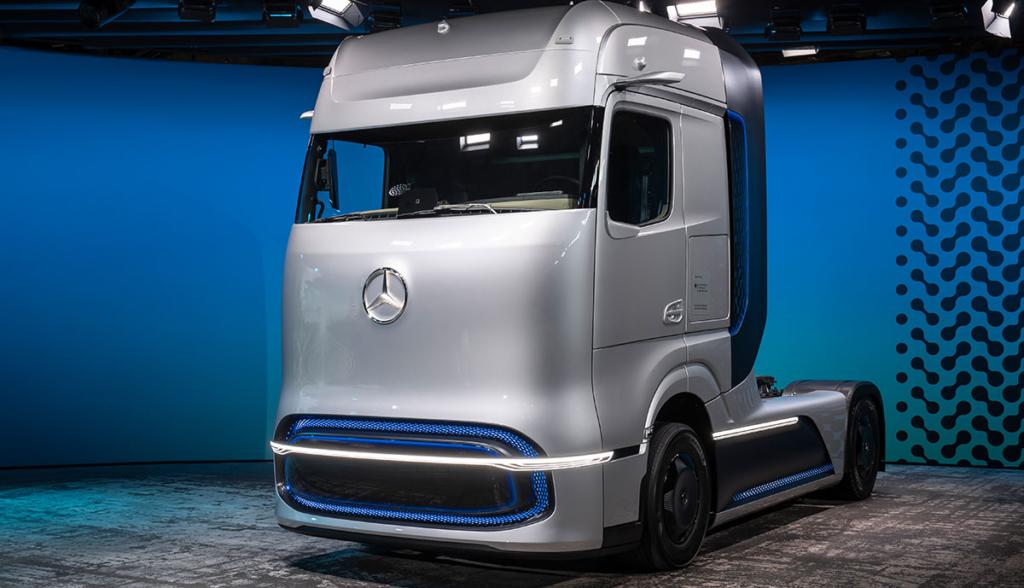 Mercedes-GenH2-Truck.jpg1