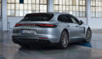 Porsche-Panamera-4-E-Hybrid-Sport-Turismo-2020-1