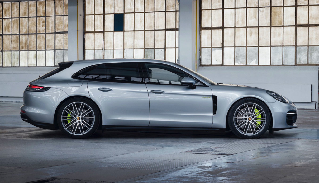 Porsche-Panamera-4-E-Hybrid-Sport-Turismo-2020-4
