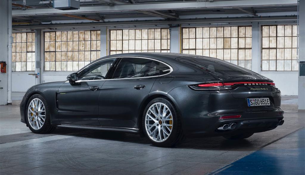 Porsche-Panamera-Turbo-S-E-Hybrid-2020-1