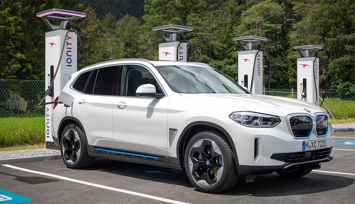 BMW-iX3-Ionity