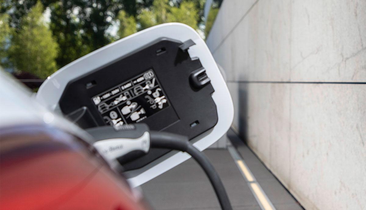 Ladenaschluss-Plug-in-Hybrid