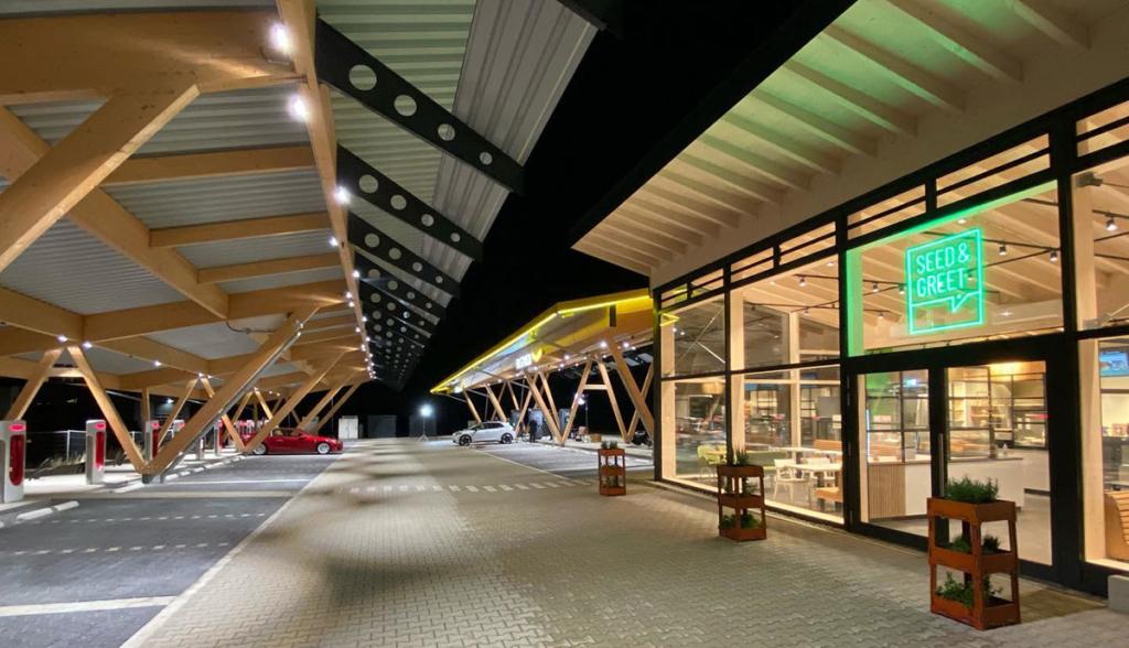 Ladepark-Hilden-Tesvolt-20202
