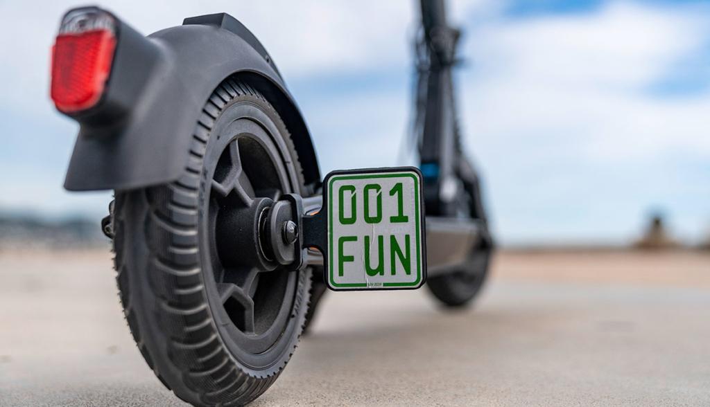Mercedes-eScooter-2020-6