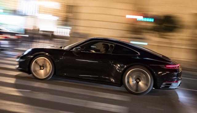 Porsche-911-2020