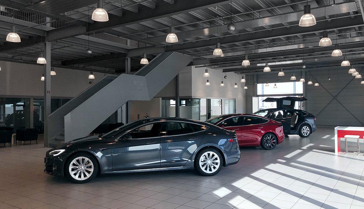 Tesla-Zentrum-Hamburg-2020-2