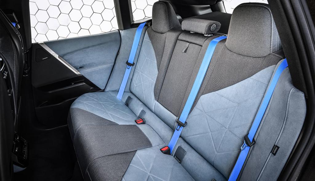 BMW-iX-2020-10