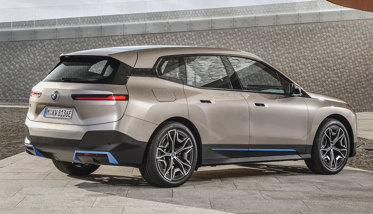 BMW iX: Neues Elektroauto-Flaggschiff kommt Ende 2021 ...