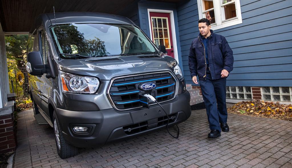 Ford–Ford-E-Transit-2020-USA-6