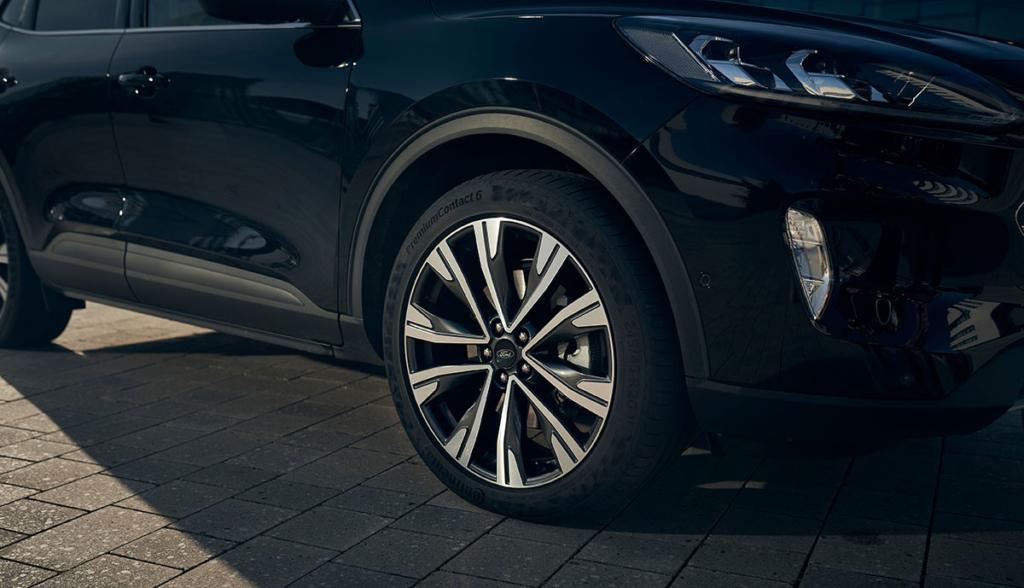Ford-Kuga-Hybrid-20204