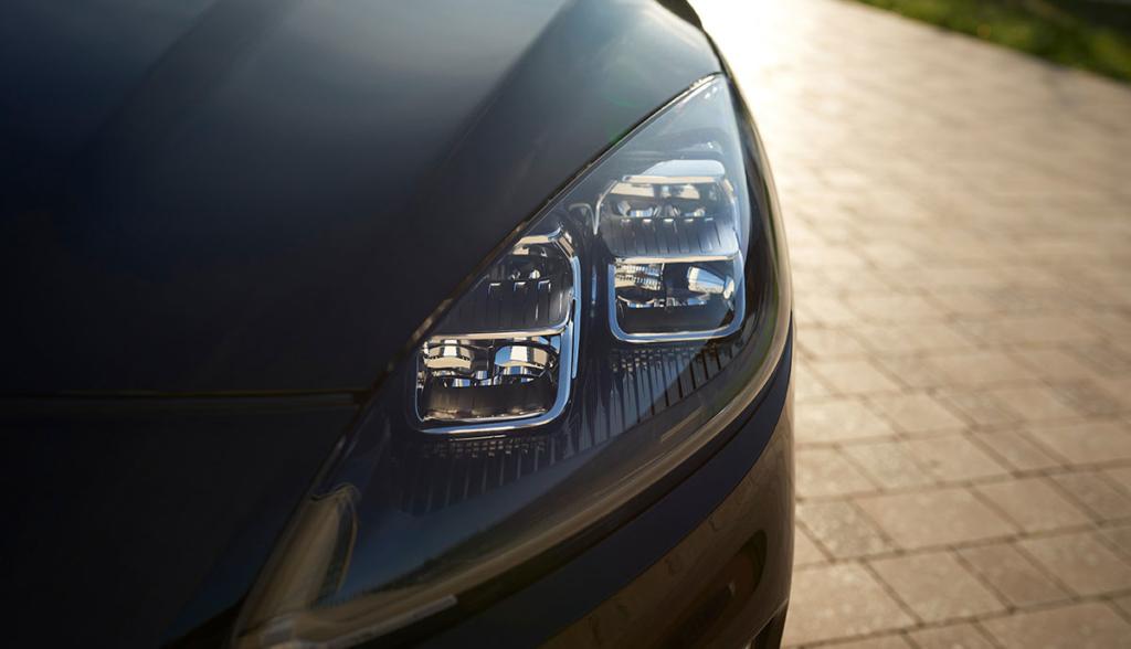 Ford-Kuga-Hybrid-20205