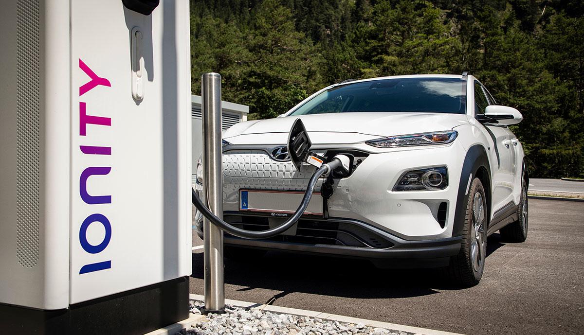 Hyundai-Kona-Elektro-Ionity