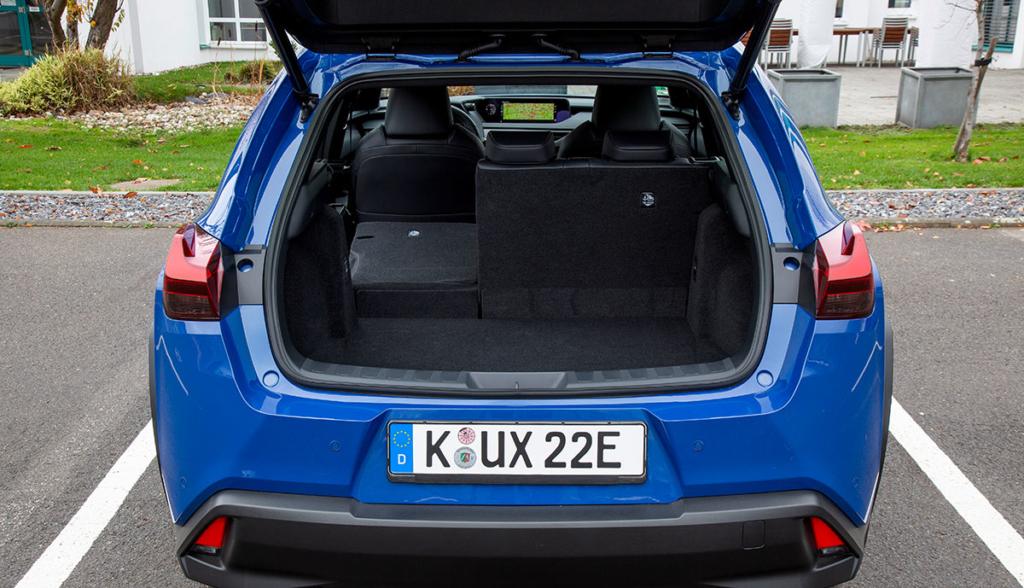 Lexus UX 300e-10