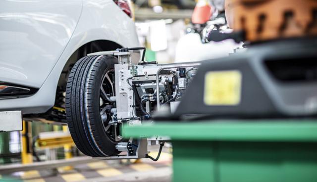 Renault-Werk-Flins-Montage