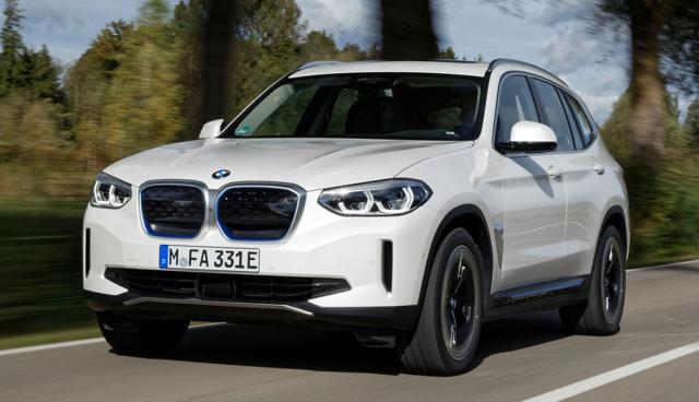 BMW iX3-2020-2