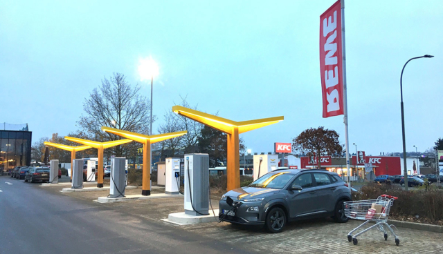 Fastned-Rewe-2