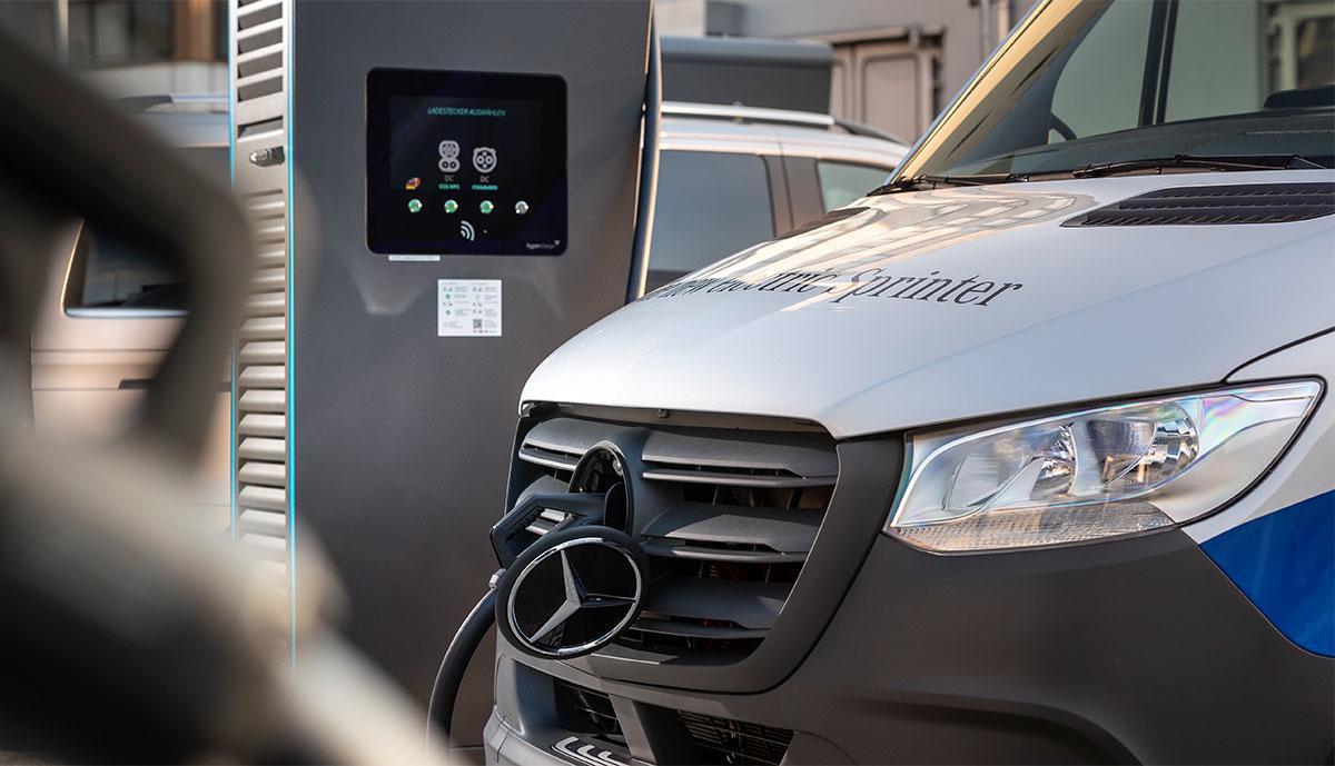 Mercedes-eSprinter-laedt