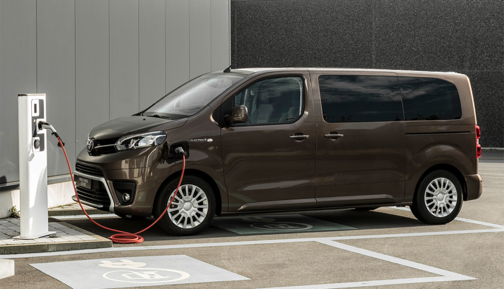 Toyota-Proace-Verso-Electric-2020-10