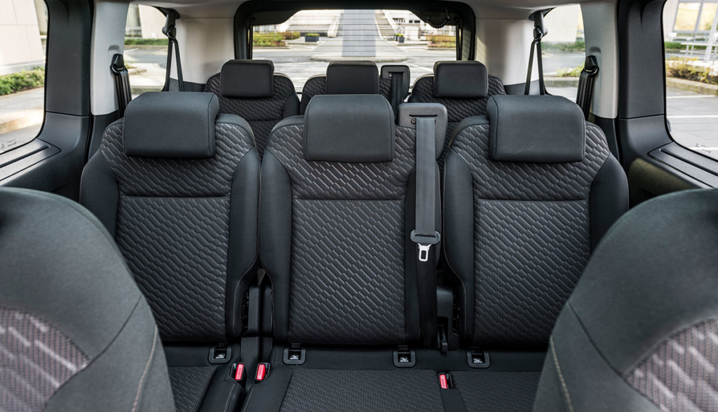 Toyota-Proace-Verso-Electric-2020-3