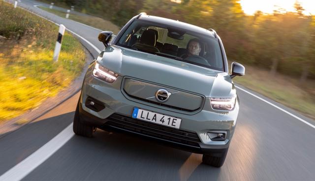 Volvo_XC40_Recharge_P8_AWD