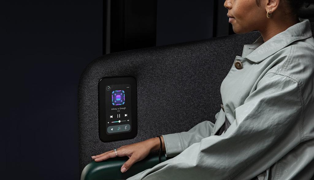 Zoox-Autonomous-Vehicle—Studio-Int-Screen