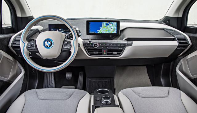 BMW-i3-innen-hell