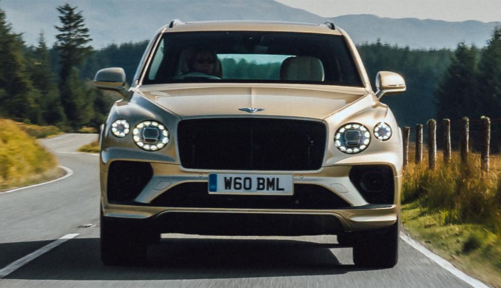 Bentley-Bentayga-Hybrid-2021-4