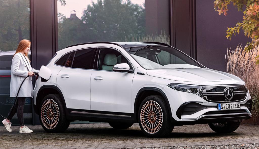 Mercedes EQA-7